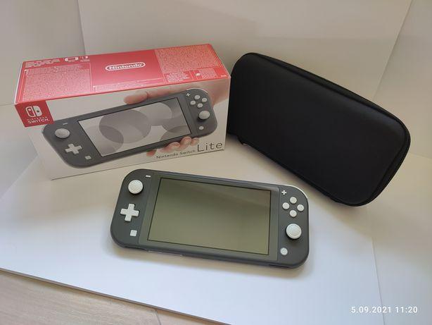 Nintendo Switch Lite (szary) + etui