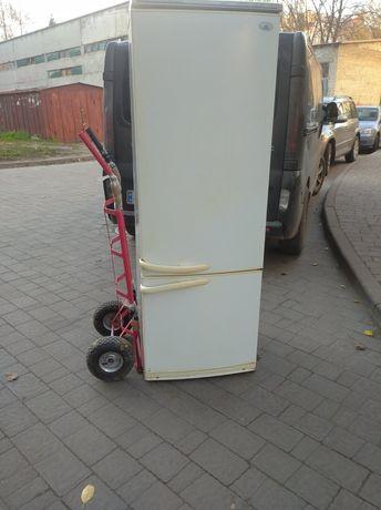 Хороший холодильник з можливою доставкою