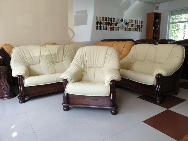 Classic 321 Новый кожаный Диван + диван и кресло . Польша, Акция