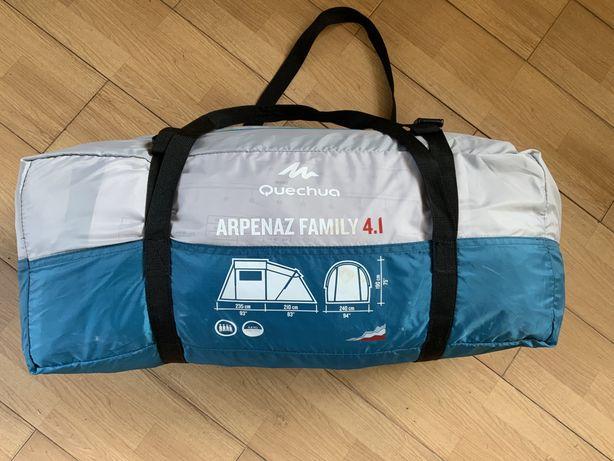 Палатка четырехместная Quechua Arpenaz Family 4.1