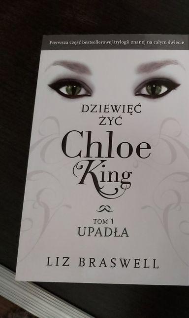 """""""Dziewięć Żyć Chloe King- Upadła"""" (tom 1)"""