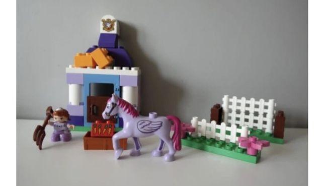 Lego duplo Zosia Krolewska Stajnia 10594