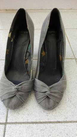 Sapato cinza, tecido ganga Pull&Bear