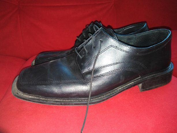 Pantofle maskie r. 44