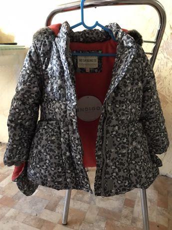 Новая теплая курточка для девочки 2-3 года