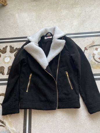 Продам курточку на девочку H&M