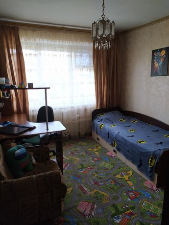 Продаж 4-х кімн.квартири
