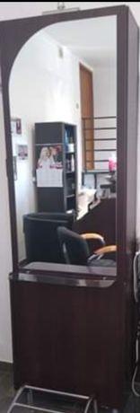 Lustro konsola - salon fryzjerski
