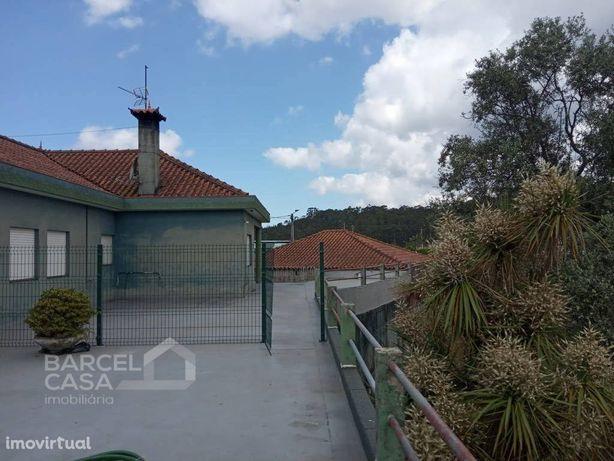 Andar Moradia T4 com terraço e jardim em Negreiros - Barc...