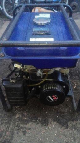 Agregat prądotwórczy- Nupower Generator 2000
