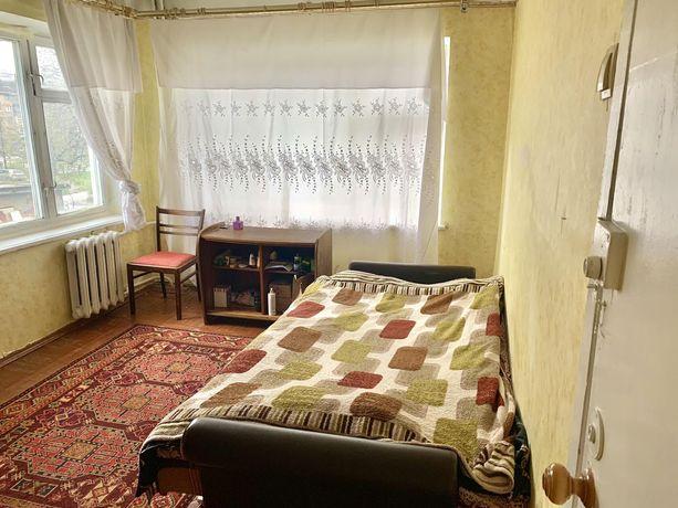 Комната для девушки м. Дарница