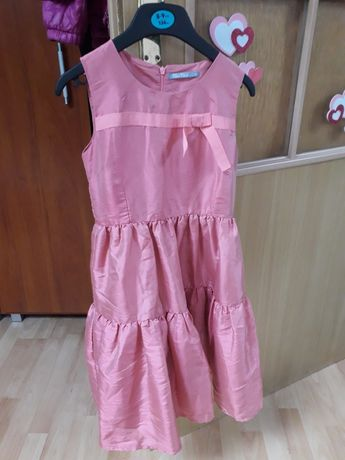 Sukienka roz 134