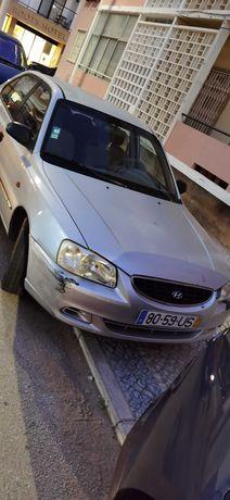 Hyundai 2003 (motor avriado)