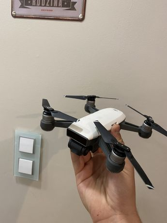 Dron Dji Spark Fly More Combo z dodatkami