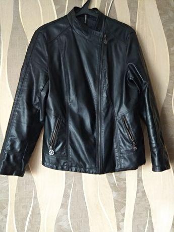 Продам куртку кожа.