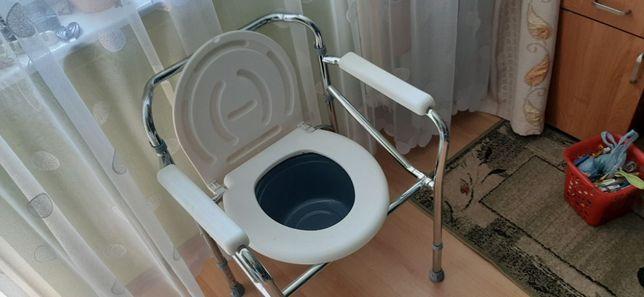 Krzesło toaletowe, WC, dla niepełnosprawnych f-my Mobiclinic Puentes