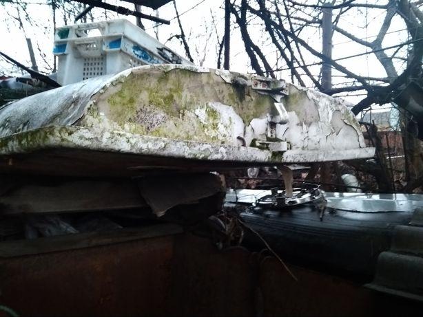 Яхта Швертбот