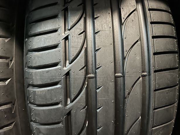 235/40 r 19 Bridgestone