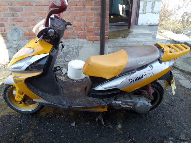 Продам скутер KANUNI 150