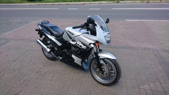 Kawasaki gpz 500s (er 5 gs 500 cb 500)