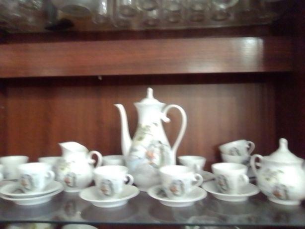 """Vendo serviço de Chá """" Porcelanas Spal """""""