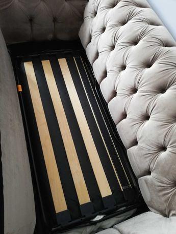 Sofa pikowana Chesterfield z możliwością spania