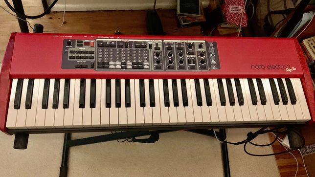Nord Electro 2 (Sixty One)