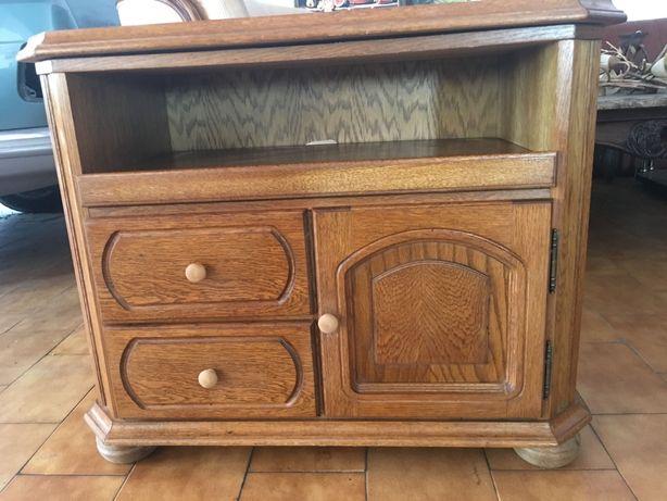 Vendo mesa de televisao em madeira massica regulavél