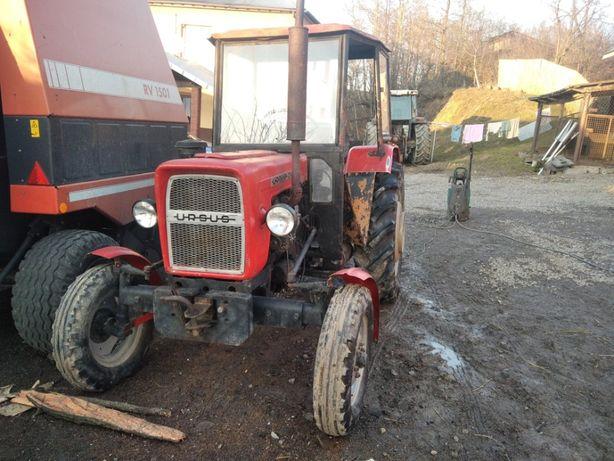 Ciągnik rolniczy C335 M