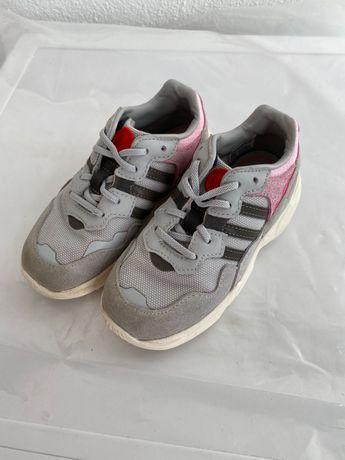 Ténis Adidas Yung-96