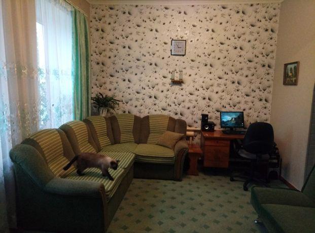 Квартира 2-ух комнатная + помещение для бизнеса