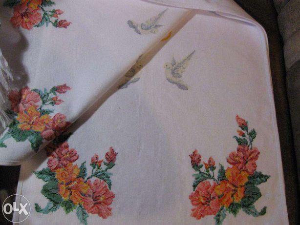 Вишитий рушник ручної роботи