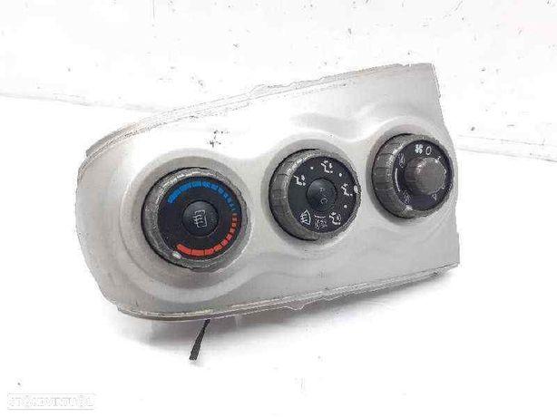 554060D190  Comando chauffage TOYOTA YARIS (_P9_) 1.4 D-4D (NLP90_) 1ND-TV