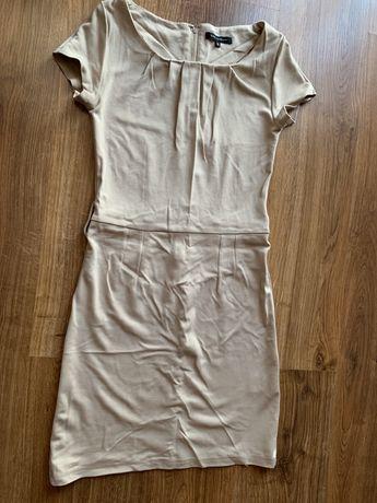 Beżowa sukienka S z rękawkiem prosta dopasowana elastyczna