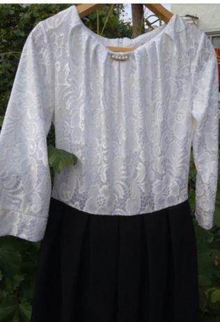 Продам шикарное школьное платье