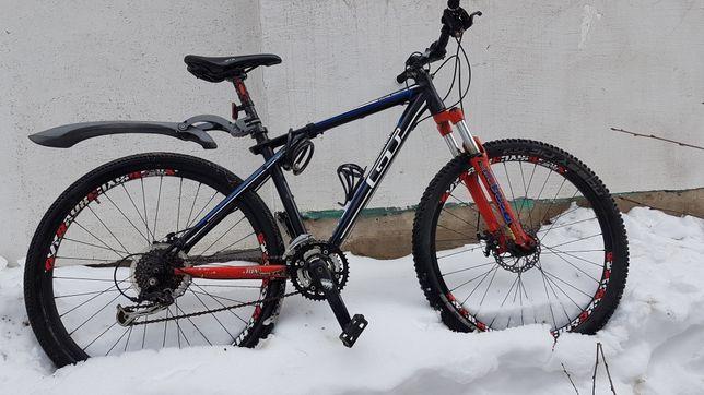 Велосипед gt avalanche triple triangle design , 26, рама М