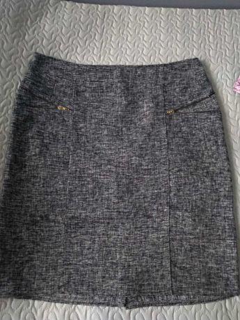 Spódnica rozmiar 48-50 (4-5xl) Kolor czarno-szaro-biały