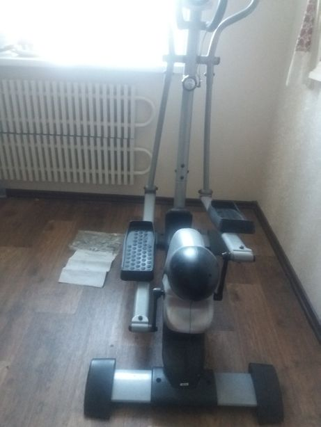 "Худеем вместе с Эллиптический тренажер ""swan elliptical"" Model HM-6062"