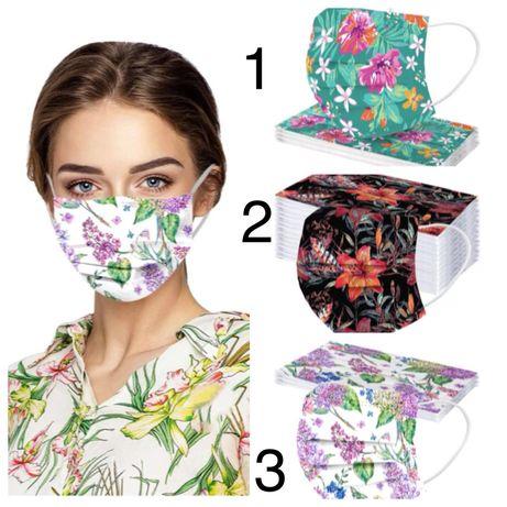 Одноразовые защитные маски с ярким принтом