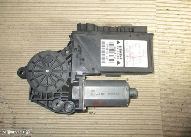 Motor do elevador de vidro do condutor para Audi A4 (2003) 8E1959801 5KW47001
