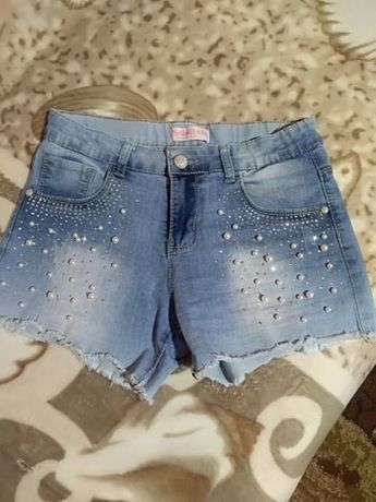 Spodenki jeansowe z koralikami
