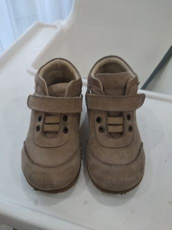 Ботинки детские осень-весна.
