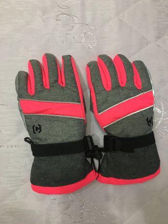Горнолыжные сноубордические перчатки CROPP