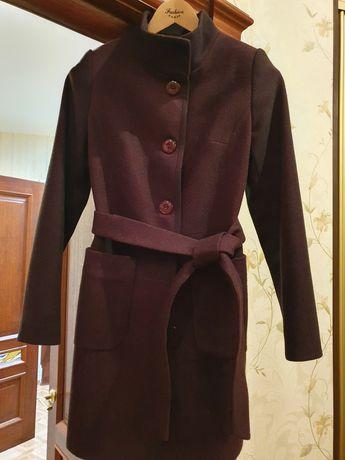 Продам пальто Belanti