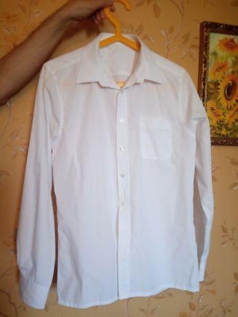 Рубашка белая на мальчика 12-13 лет