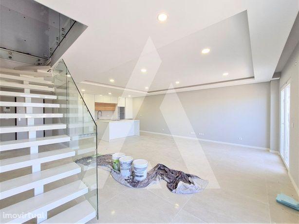 Apartamento T3 Duplex com exposição poente