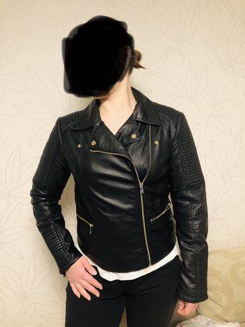 Куртка косуха Pimkie черная из искусственной кожи новая 42 размер