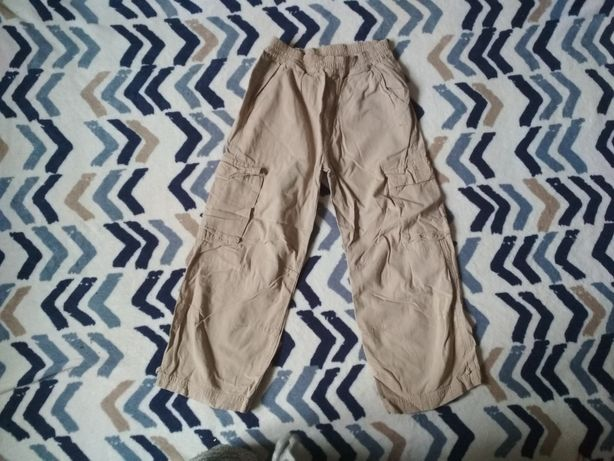 Bojówki beżowe 116 chłopiec chłopięce jasne grubszego spodnie 5 6 7
