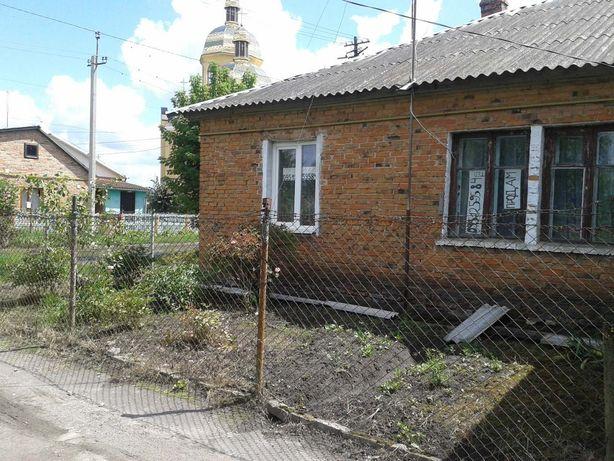 Продам 2-х кімнатну квартиру 43 кв. м, в бараці, смт. Жвирка,Львівська