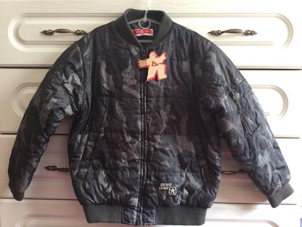 Куртка на подростка  демисезонная  C&A. Куртка на підлітка ріст 158 см